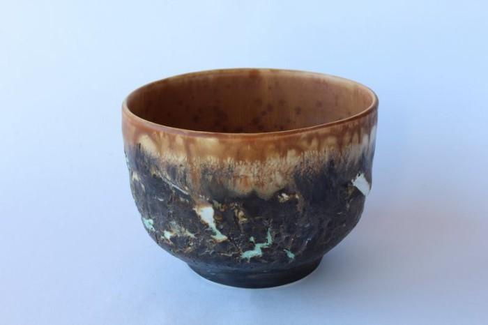 Alain Fichot bol porcelaine Extérieur texture craquelée  intérieur émail cristallisant mat au manganèse